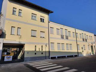 C.M.E. srl Mehrfamilienhaus