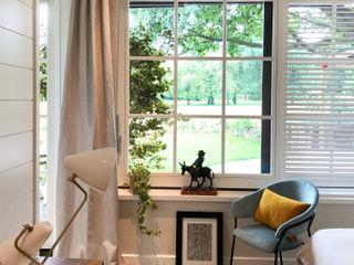 Andrea Rossini Architetto Scandinavian style bedroom Wood White