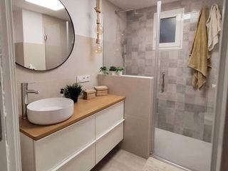 Kouch & Boulé 浴室 White