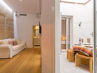 Kouch & Boulé 现代客厅設計點子、靈感 & 圖片