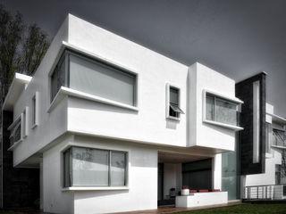 CASA LAGO Arqcubo Arquitectos Casas modernas Concreto Blanco