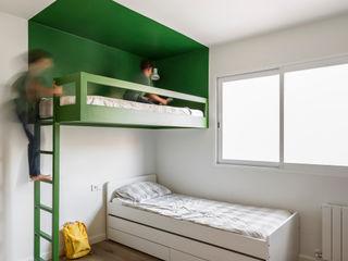 Vivienda en Ciudad Universitaria tambori arquitectes Dormitorios infantiles modernos: