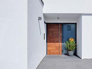 Karl Moll GmbH Maison individuelle Bois composite Effet bois