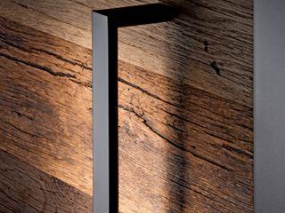 Neue Haustüren von Kneer-Südfenster Edler Blickfang: Sonnenverbranntes Eichen-Altholz Kneer GmbH, Fenster und Türen Holztür