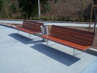 Mobiliário urbano no Parque Cidade de Valongo Renato Fernandes - arquitetura JardimMobiliário Ferro/Aço Metalizado/Prateado