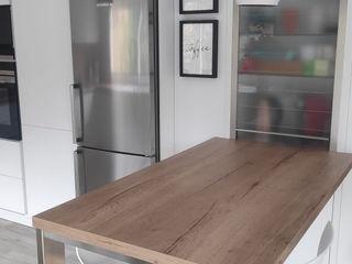 Kouch & Boulé 置入式廚房 木頭 White