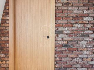 Roble Porte in legno