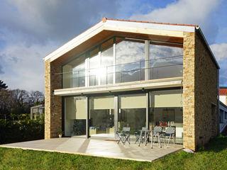 AD+ arquitectura Maison individuelle Pierre Marron
