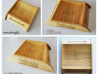 INCORNICIARE Pomieszczenia biurowe i magazynowe Lite drewno