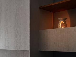 Casa ViVa manuarino architettura design comunicazione SoggiornoArmadietti & Credenze Legno Bianco