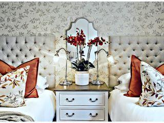 Joseph Avnon Interiors Camera da letto in stile classico