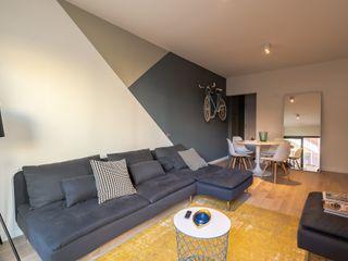 Proyecto de interiorismo y reforma, Barcelona Michele Mantovani Studio Paredes y suelos de estilo moderno Madera maciza Multicolor