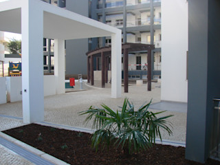 Marvic Projectos e Contrução Civil 庭院