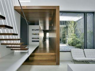 acertus Estudios y despachos modernos Acabado en madera