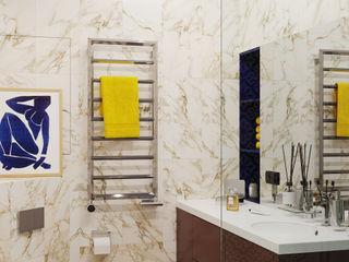 Графичный Soleray в ЖК Хорошевский. IvE-Interior Ванная комната в эклектичном стиле Белый