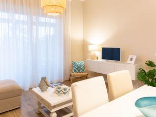 Facile Ristrutturare 现代客厅設計點子、靈感 & 圖片