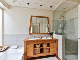 press profile homify Salle de bain moderne