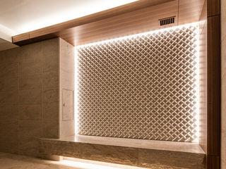 株式会社 虔山 Commercial Spaces Tiles White