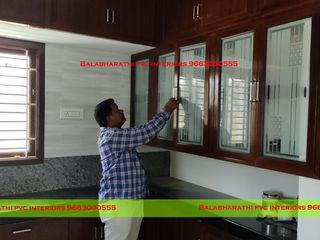 balabharathi pvc interior design CocinaMesas, sillas y bancos Plástico Acabado en madera