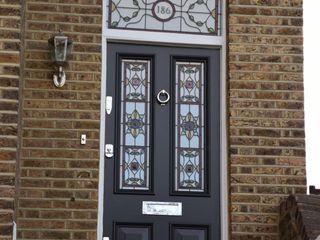 Doors portfolio Repair A Sash Ltd 玄関ドア 木 黒色