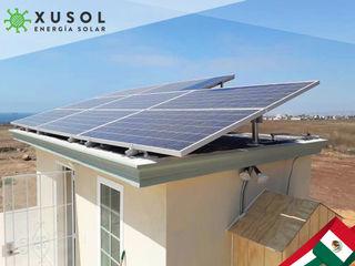 XUSOL Energía Solar Rumah Modern