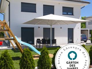 """Award """"Gärten des Jahres 2021""""! Uhlmann Sonnenschirme e.K. GartenAccessoires und Dekoration Textil Grau"""