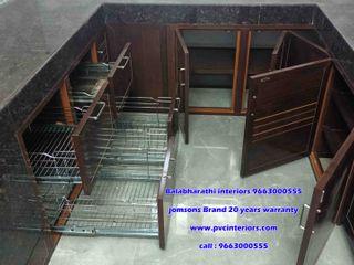 balabharathi pvc interior design CocinaVasos, cubiertos y vajilla Plástico Negro