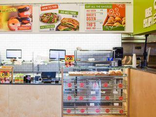 THB (Tawson Hot Bagel) manuarino architettura design comunicazione Gastronomia in stile eclettico Legno Verde