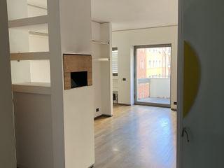 ibedi laboratorio di architettura Modern Corridor, Hallway and Staircase Wood White