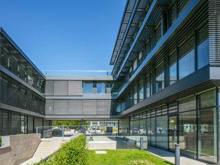 Institut für Intelligente Systeme Dannien Roller Architekten + Partner PartG mbB Industriale Bürogebäude