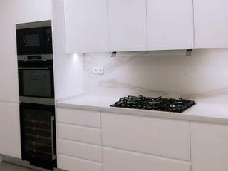 DIONI Home Design Built-in kitchens Quartz White
