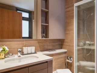 Rivercove III Mr Shopper Studio Pte Ltd Modern bathroom