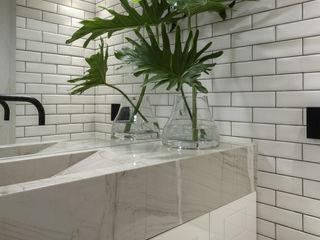 SAINZ arquitetura Phòng khám Gạch White
