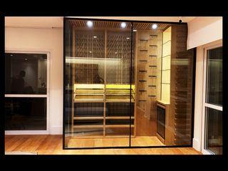 EDR - Adegas Climatizadas Wine cellar Solid Wood Wood effect