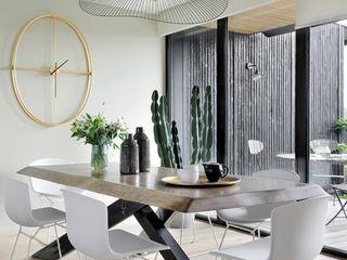 Julie Chatelain Salas de jantar modernas