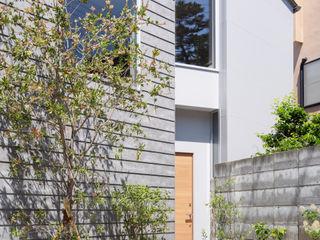 藤原・室 建築設計事務所 Kleines Haus Grau