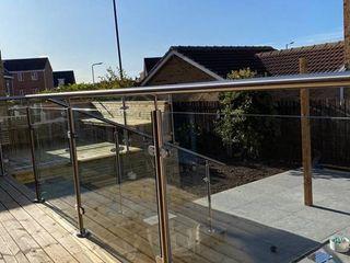 Glass Balustrade in Kirkcaldy Origin Architectural OgródOgrodzenia i mury Szkło Przeźroczysty