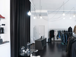 SCAR-ID atelier ミニマルな商業空間