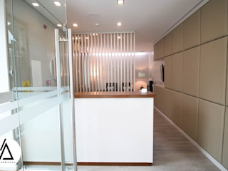 Projeto - Arquitetura de Interiores - Clinica EA Smile Areabranca Clínicas modernas