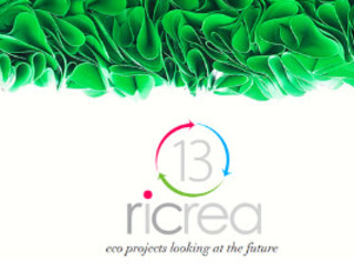 13RiCrea ARTIGIANI AL LAVORO 13RiCrea Sedi per eventi in stile eclettico PVC Verde