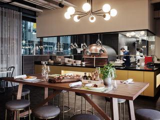 MOTORWORLD MÜNCHEN / Interior Design & Innenarchitektur MARKUS HILZINGER Moderne Gastronomie