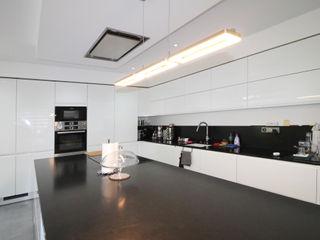 Agence ADI-HOME Dapur built in