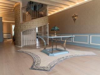 Villa rustica BRUMMEL Rustic style corridor, hallway & stairs Solid Wood