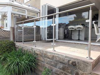 Glass Balustrade in Medway Origin Architectural Podwórko Szkło Przeźroczysty
