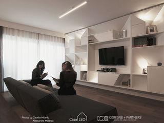 CASA LEO CORFONE + PARTNERS studios for urban architecture Soggiorno moderno
