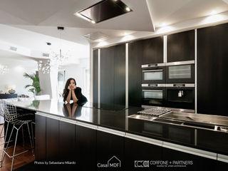CASA MDF CORFONE + PARTNERS studios for urban architecture Cucina attrezzata