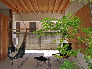 空間建築-傳 Giardino anteriore Legno Effetto legno