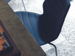 Sélection de produits indispensables pour aménager votre espace de bureau Création Contemporaine SalonChaises & poufs