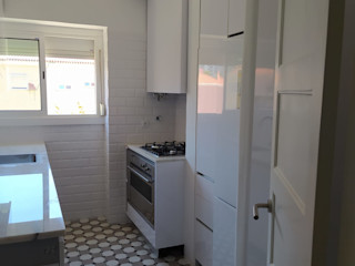 Home 'N Joy Remodelações Cucina piccola Bianco