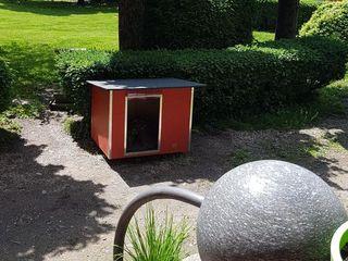 L'importanza del giardino ed un modo per renderlo davvero esclusivo Pet House Design® Giardino roccioso Legno Rosso